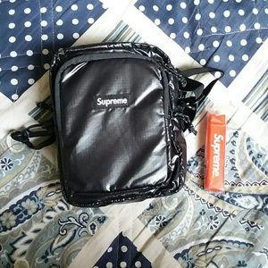 00a5170499 Supreme Bags - 🔥Supreme cordura fw17 shoulder bag black